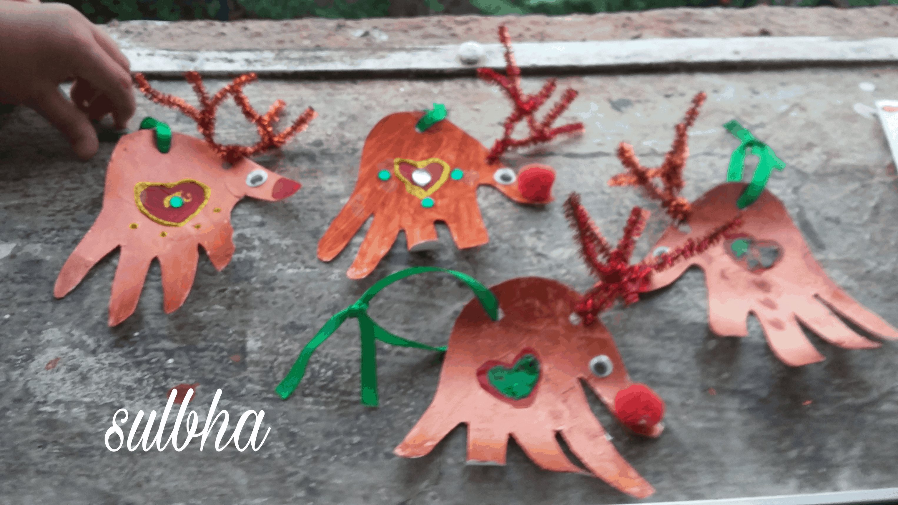 DIY Reindeer Hangings 1