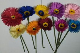 Crepe flower tutorial - how to make crepe paper daisies