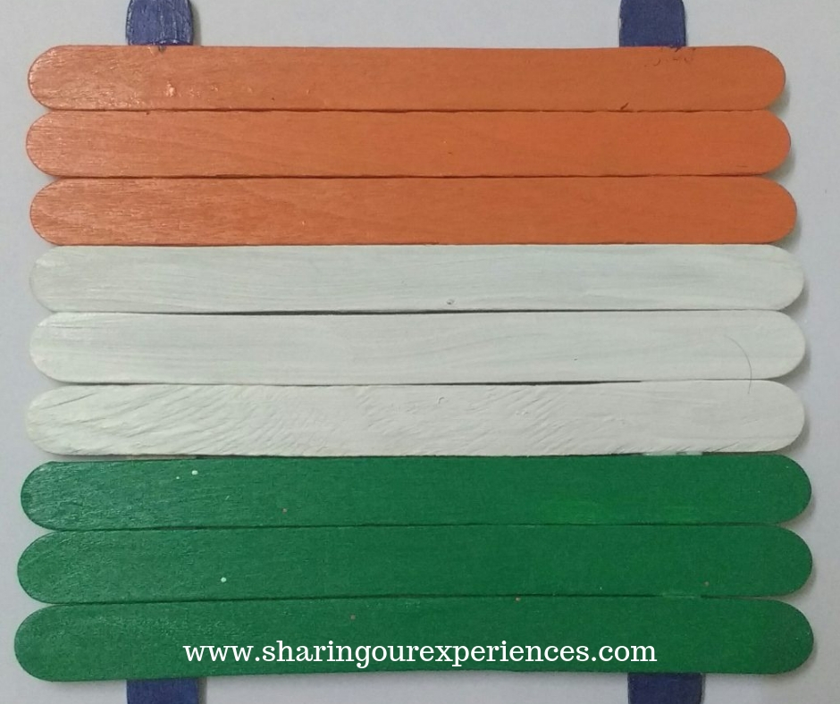 How to make Indian Flag with popsicle sticks. Easy craft for kids on Republic or Independence day. Perfect India themed decorations. Easy enough to be done by toddlers