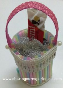 How to make a DIY Easter Basket with Straws