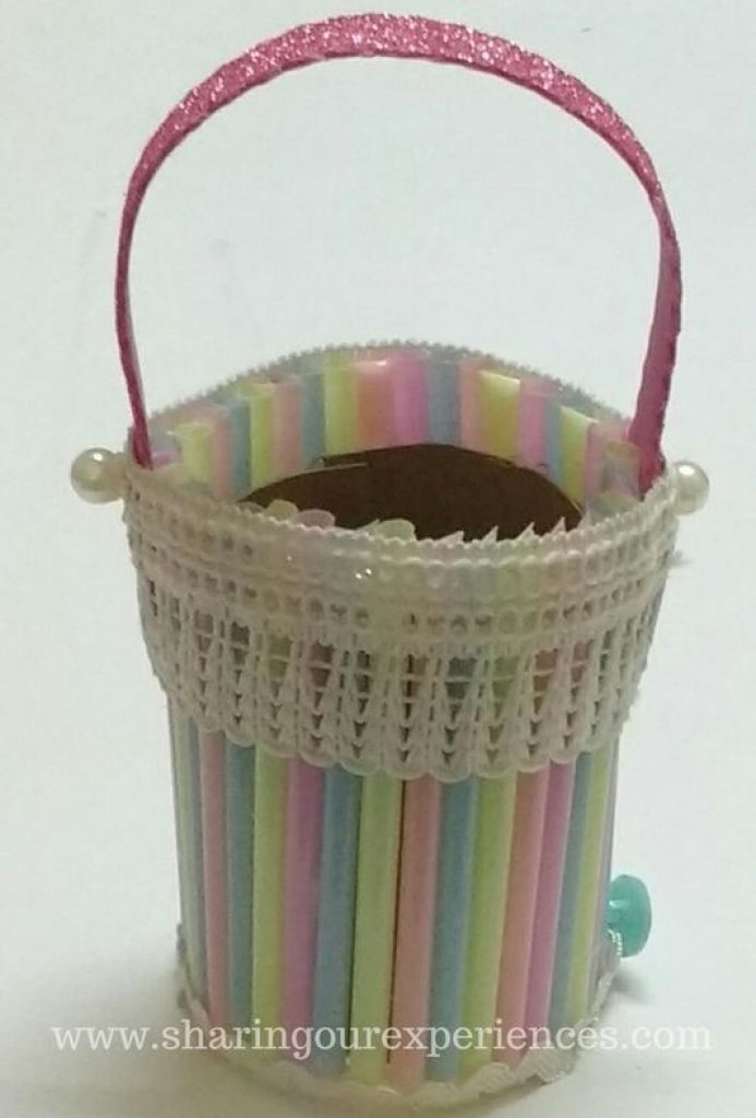 How to make a DIY homemade Easter Basket with Straws