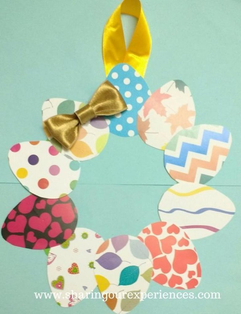 how to make a very easy DIY Easter Wreath using paper