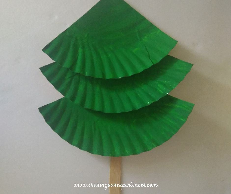 Christmas tree with paper plate