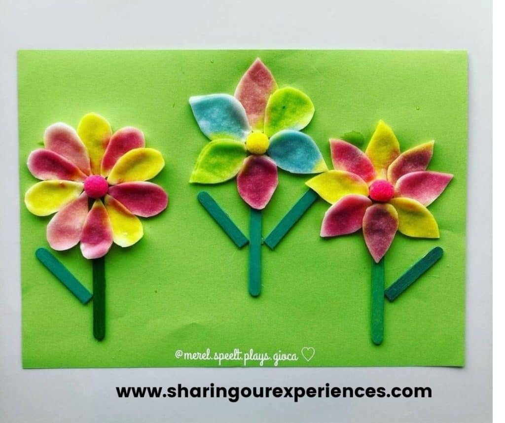 colorful flower craft for spring and summer season with toddlers, preschooler and kindergartens. Easy and fun activity for theme based projects and reading.